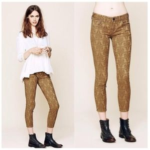Free People Jacquard Textured Gold Jeans 30